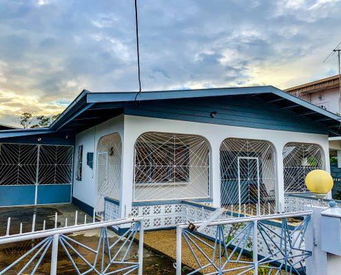 Vakantiehuis-Suriname-Albert-front