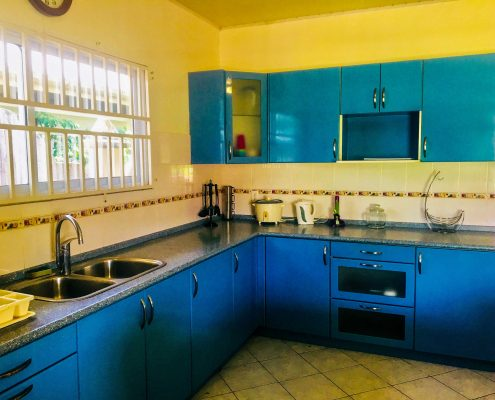 Vakantiehuis-Suriname-Luciana-Keuken