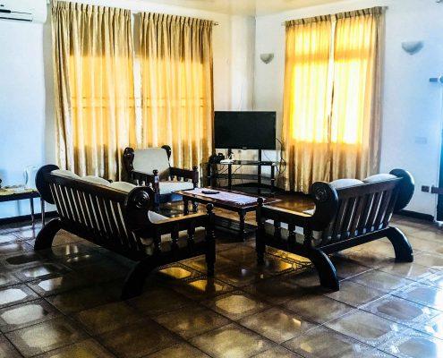 Vakantiehuis-Suriname-Peace-Woonkamer